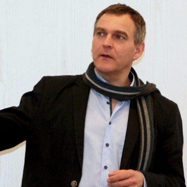 Dr. Ralf Stroop stellt Mobile Retter in Gütersloh vor